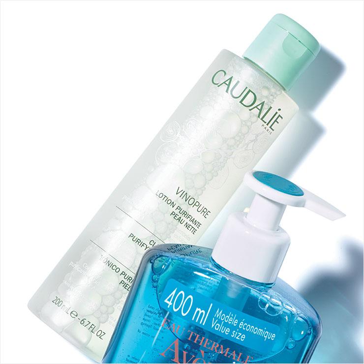 오가닉 그레이프 워터 성분이 피부에 수분을 공급하고 피부 결을 개선해 준다. 비노퓨어 클리어 스킨 퓨리파잉 토너, 2만8천원, Caudalie.