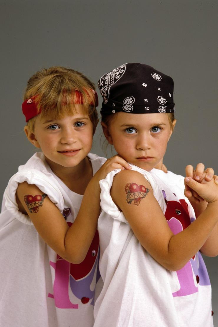 1993년 3월 31일 가족 시트콤 'Full House'에서 열연을 펼친 올슨 자매.