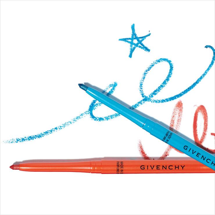 비비드한 컬러의 아이라이너는 콜 꾸뛰르 워터프루프, 09 탠저린, 10 아주르, 각 3만원, Givenchy Beauty.