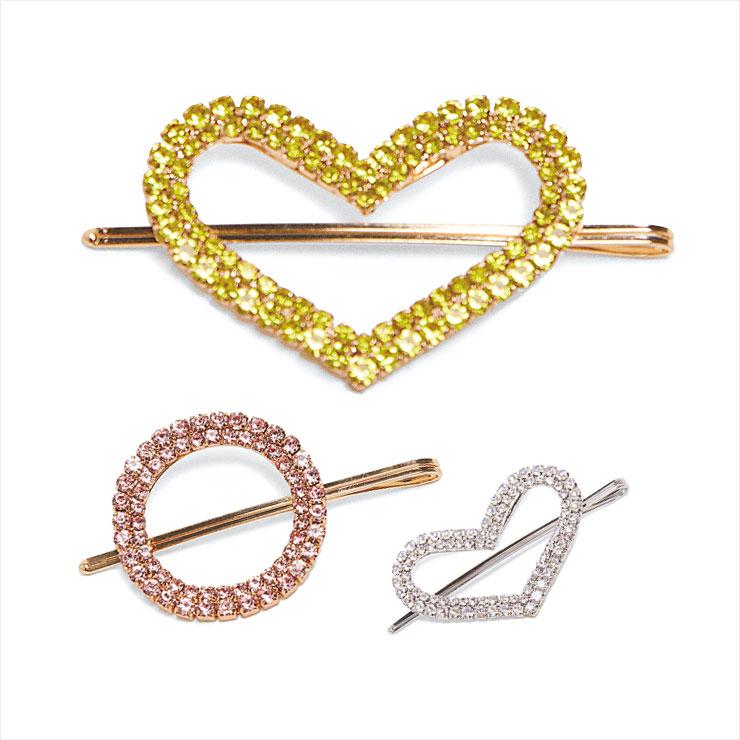 앙증맞은 하트와 원형의 글리터 헤어클립 세트는, 2만5천원, Zara.