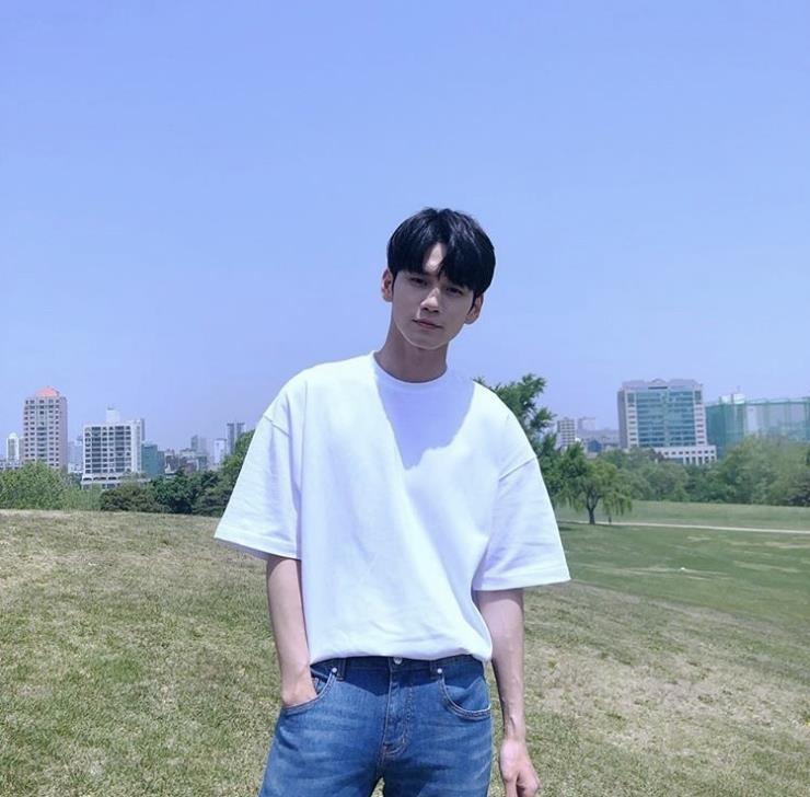사진 옹성우 인스타그램