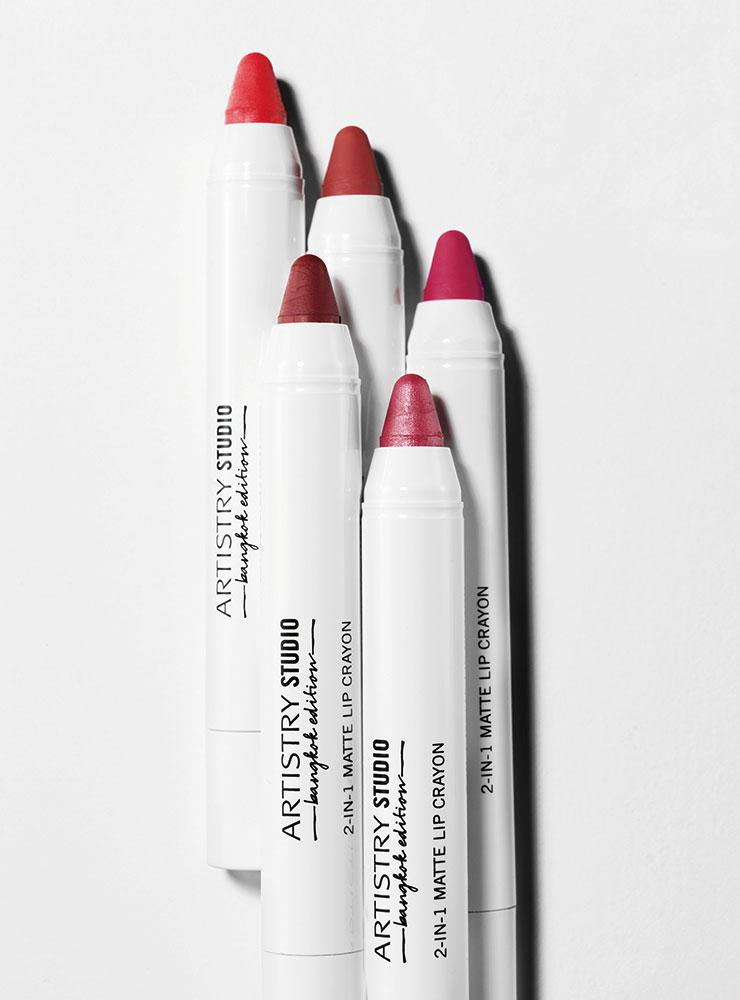 2-in-1 매트 립 크레용, 1만8천원, Artistry Studio.