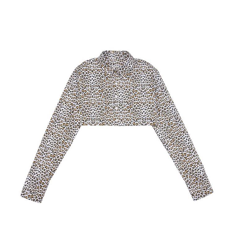 펑키한 무드의 레오파드 셔츠는 7만8천원, Dew E Dew E.