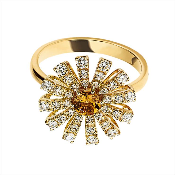 다이아몬드가 세팅된 플라워 장식의 링은 가격 미정, Damiani.