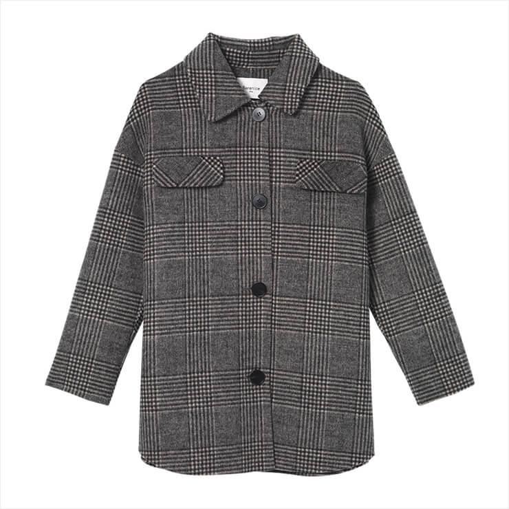 오버사이즈 울 셔츠 재킷은 85만9천원, Berenice.