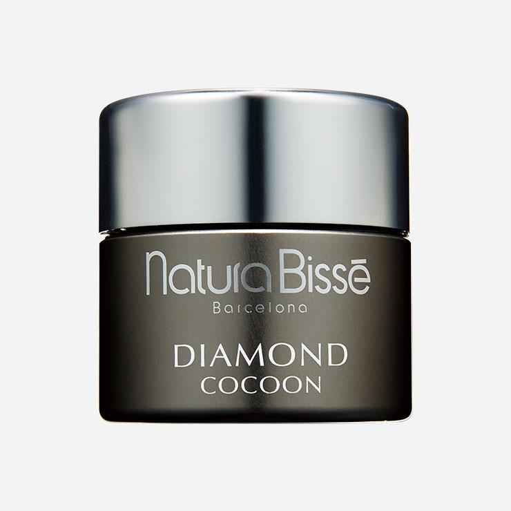 네츄라비세 by 라페르바 다이아몬드 코쿤 울트라 리치 크림 47만원▶블루라이트 보호 기능이 있어 외부 유해 요인으로부터 피부를 지켜준다.