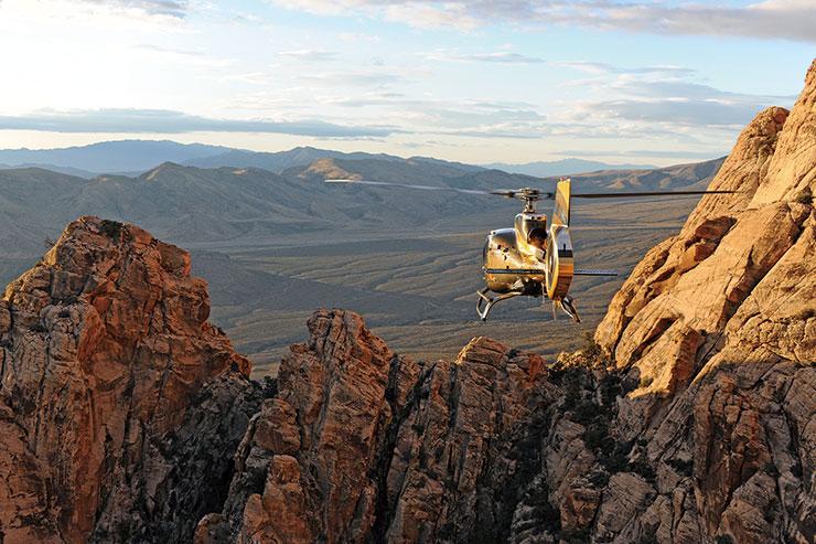 브런치가 포함된 선댄스 헬리콥터스의 헬기 투어는 1인당 445달러.