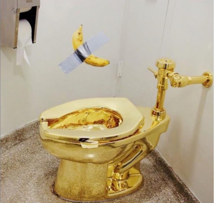 카텔란이 만든 또 하나의 문제적 작품. 지난 9월 도난 당한 황금 변기 '아메리카'와 함께 @unique.perspectives