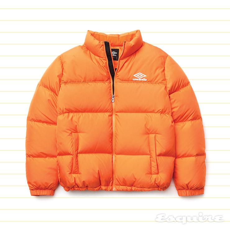 주황색 오버사이즈 다운재킷 27만5000원 엄브로.