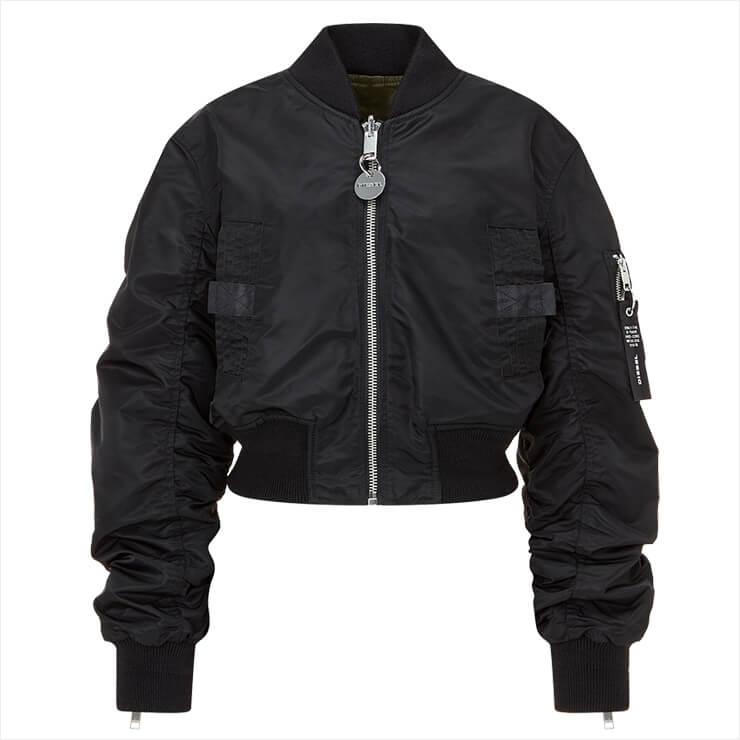 주름 장식이 특징인 보머 재킷은 가격 미정, Diesel.