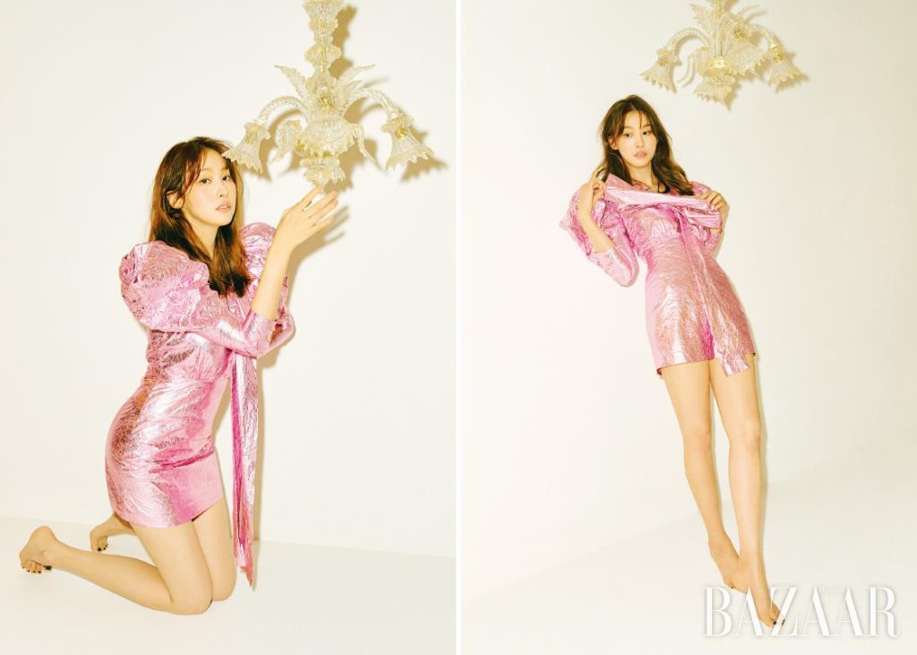 퍼프 숄더 드레스는 Lang & Lu.