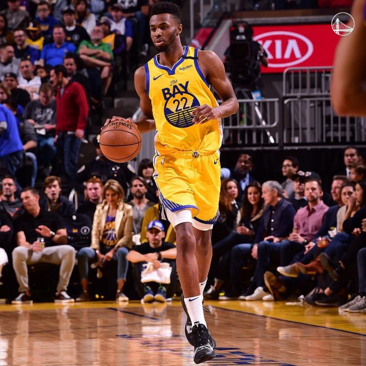 2014년 NBA 전체 드래프트 1위 앤드류 위긴스는 루키 시절 기대를 되살릴 수 있을까.