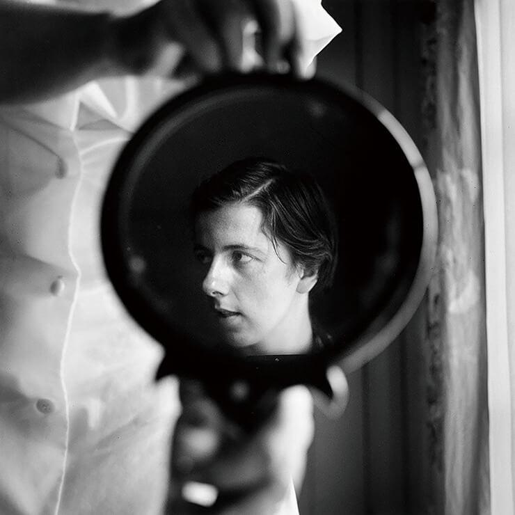 하루도 빠짐없이 필름카메라로 세상을 기록했던 비비언 마이어.
