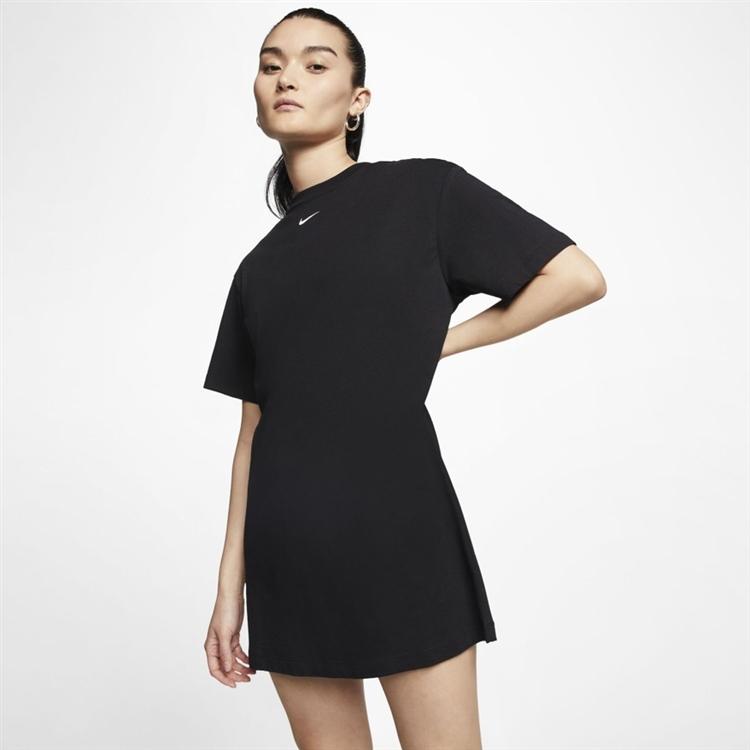 스포츠웨어 에센셜 드레스