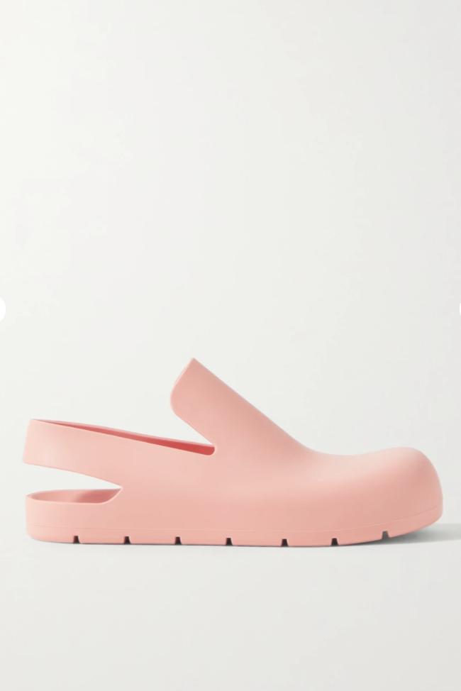 Puddle rubber clogs