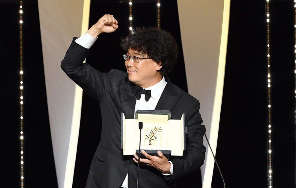 한국 영화 최초 칸 영화제 황금종려상 수상! 한국 문화계의 역사를 새로 쓴 감독 봉준호의 신작 '기생충'이 갖는 의미를 짚어봤다.