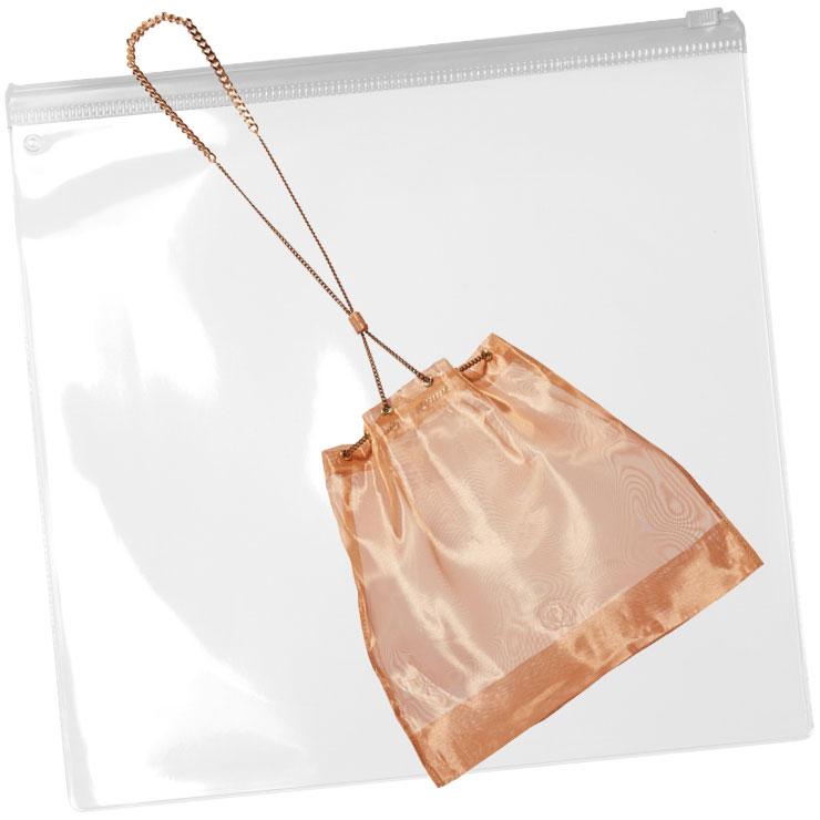 은은한 오간자 버킷 백은 34만원대, Saskia Diez by Net-A-Porter.