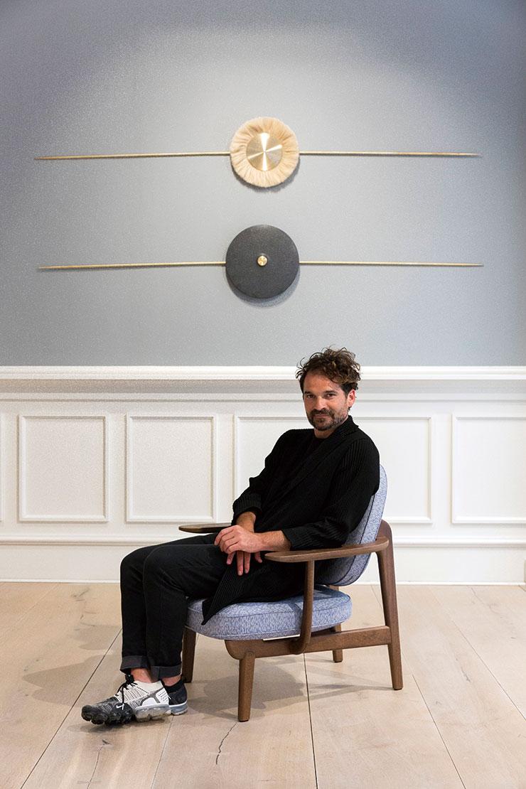 프리츠 한센과 10년간의 협업을 기념하고자 코펜하겐을 방문한 하이메 아욘.