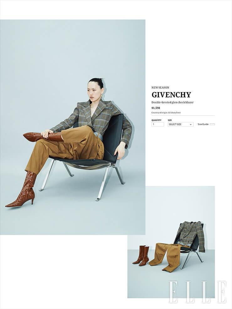 체크 패턴의 재킷과 팬츠, 벨트, 페이턴트 앵클부츠는 가격 미정, 모두 Givenchy. 후프 모티프의 투웨이 링은 32만9천원, 라운드 골드 링은 34만9천원, 모두 Portrait Report.