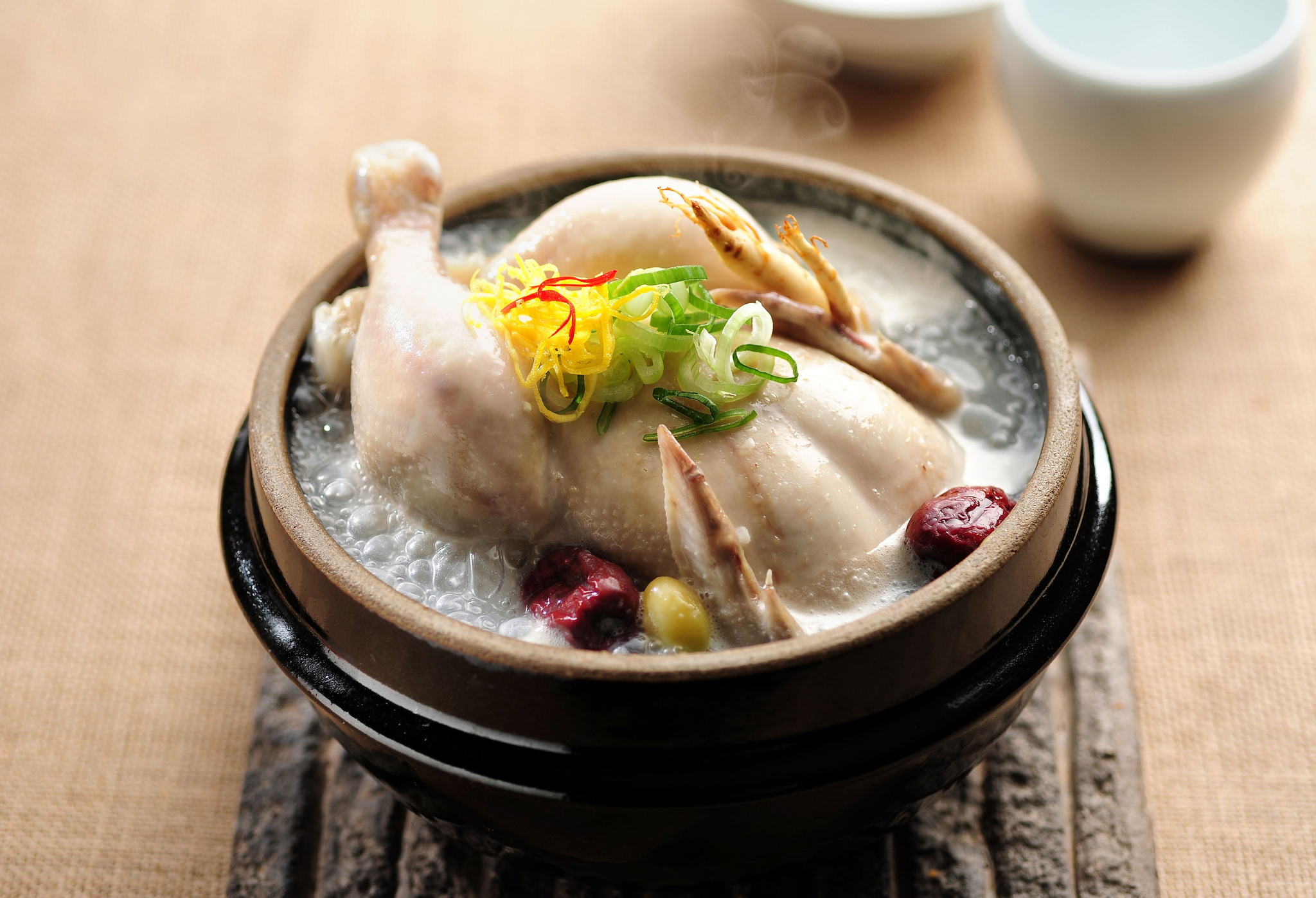 서울에서 '닭 좀 먹었다~'하는 사람들이 모두 추천하는 닭 맛집을 소개할게요.