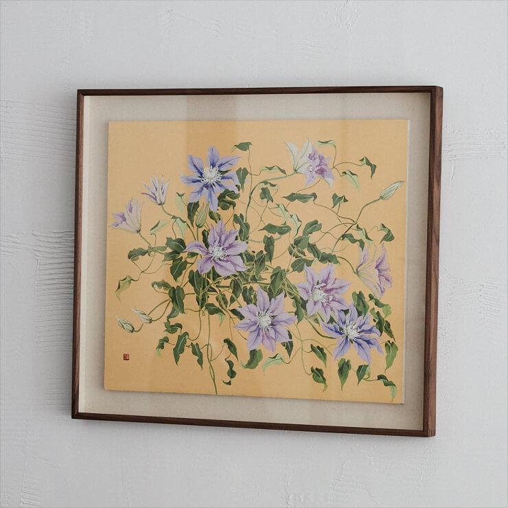클레멘티스 올해 6월 오픈한 새 공간 핸들위드케어에 노숙자 선생님의 클레멘티스 그림을 걸었다. 그림 속 클레멘티스와 실제 꽃을 번갈아 바라보며, 피어나지 않은 봉오리부터 만개한 모습, 꽃이 지고 난 뒤 남은 꽃술까지 빼놓을 것 없는 아름다움에 눈을 떴다.