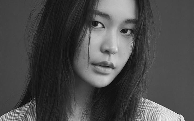 여자들이 좋아하는 여자, 매력적인 배우 정유진의 9월호 화보 미리보기.
