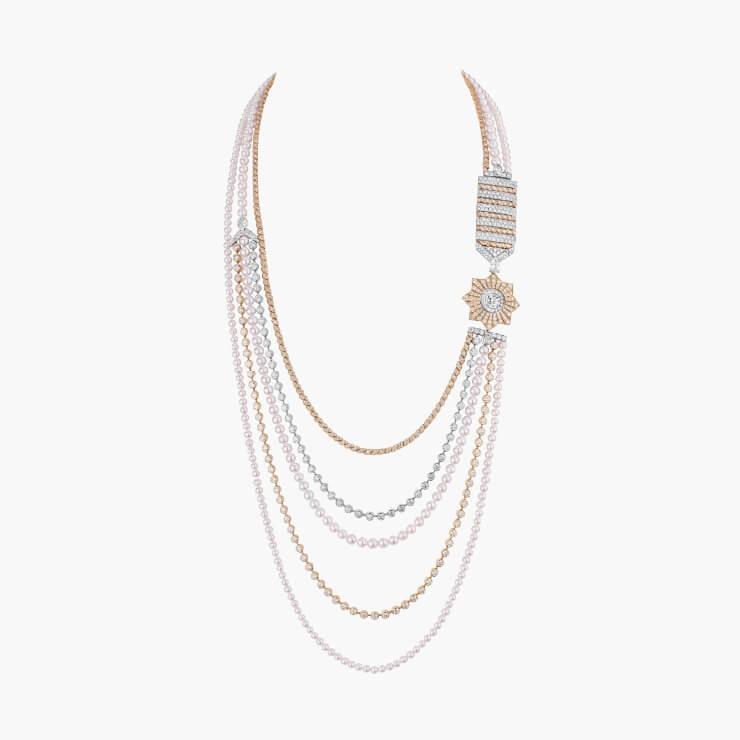 진주와 다이아몬드가 조화로운 '소트와르' 목걸이.