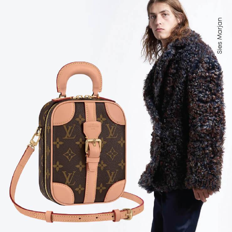 백은 Louis Vuitton.