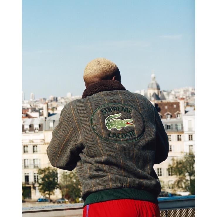 두 브랜드가 다시 협업 컬렉션을 발표했다. 보머 재킷이 특히 탐난다.