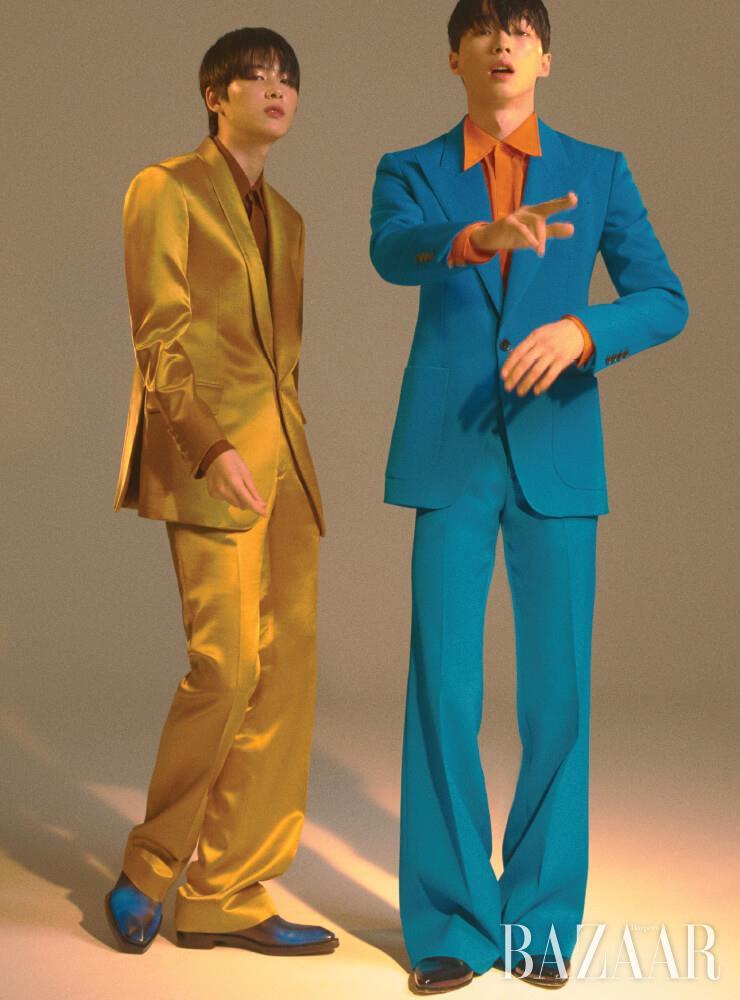 (왼쪽부터) 재킷은 1백89만원, 셔츠는 69만8천원, 팬츠는 89만8천원 모두 Kimseoryong Homme. 슈즈는 2백75만원 Berluti. 재킷, 셔츠, 팬츠, 앵클부츠는 모두 Givenchy.
