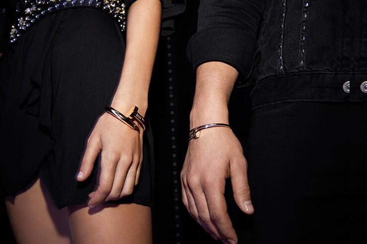 파워플한 디자인과 자유분방한 정신이 담긴 까르띠에 저스트 앵 끌루 컬렉션.