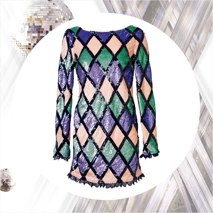 다이아몬드 패턴에 반짝이는 스팽글 장식을 더한 원피스는 가격 미정, Blumarine.