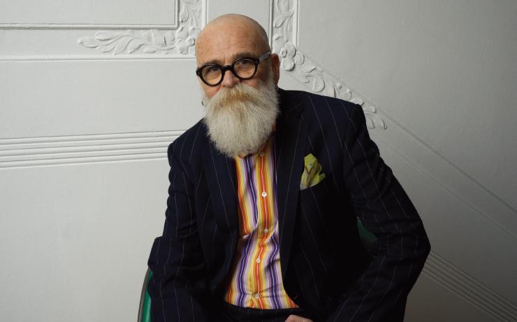 2019년은 전 세계 LGBTQ+ 커뮤니티에게 특별한 해다. 1919년 동성애자와 트랜스젠더 상담 및 연구에 크게 이바지했던 독일 출신 의사이자 성과학자 마그누스 히르시펠트(Magnus Hirschfeld)가 성과학협회(Institut für Sexualwissenschaft)를 베를린에 창설한 지 100주년, 1969년 LGBTQ+ 인권신장운동에 불을 지핀 뉴욕 스톤월(Stonewall) 혁명이 발발한 지 50주년을 맞았다.