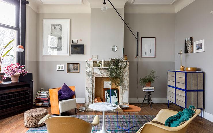 앤트워프에 사는 커플의 컬러플하면서도 깔끔한 공간 미학.