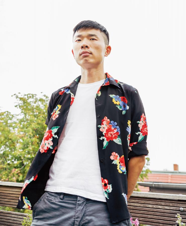 중국 출신 영화감독 포포 판은 중국의 LGBTQ+ 일상을 같은 보폭으로 살피거나 정부의 부당한 차별을 직간접적으로 고발하는 영화를 제작해왔다.