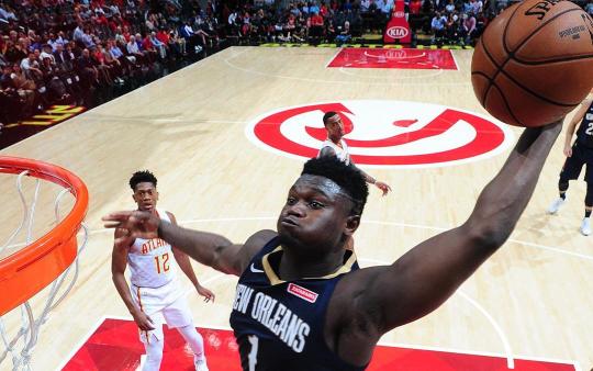 '슈퍼 루키' 자이온 윌리엄스는 2019-2020 NBA 프리 시즌부터 미친 활약을 보여주며 자신의 가치를 입증하고 있다.