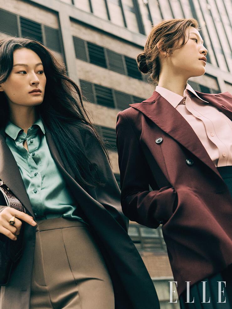 서희가 입은 싱글 브레스티드 재킷은 39만8천원, Recto. 실크 블라우스는 14만2천원, Our Comos. 팬츠는 12만8천원, Low Classic. 숄더백은 가격 미정, Givenchy. 반지는 가격 미정, Fendi. 청솔이 입은 피크트 라펠 재킷은 49만8천원, Eenk. 레더 셔츠와 플리츠스커트는 가격 미정, 모두 Tod's.