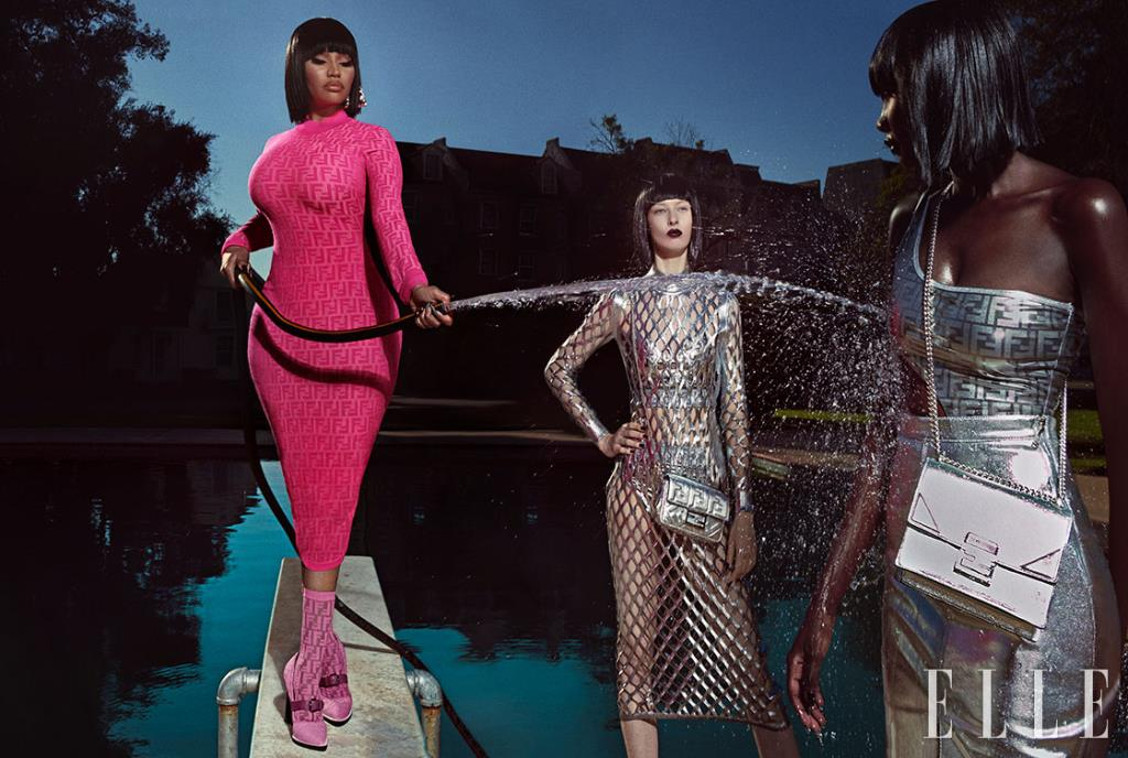 니키 미나즈가 입은 핑크 롱 드레스는 1790달러, 이어링은 690달러, 로고 양말은 220달러, 펌프스는 950달러, 가운데 모델이 입은 피시넷 드레스는 2290달러, 브라렛은 350달러, 크로스백은 2100달러, 오른쪽 모델이 입은 보디수트는 590달러, 하이웨이스트 스커트는 890달러, 체인 백은 2290달러, 모두 Fendi.