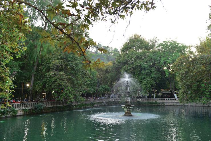 아브라함 탄생지 근처의 호수, 아인젤리하.