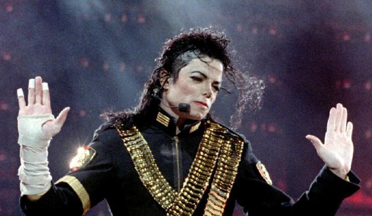 영화 <보헤미안 랩소디>를 제작한 그레이엄 킹이 마이클 잭슨의 일대기를 영화로 만든다.
