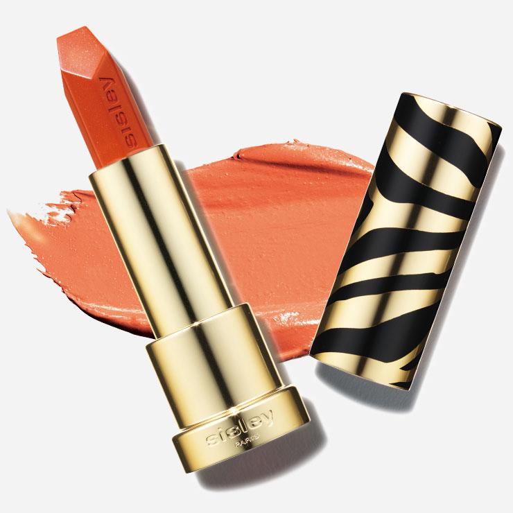시슬리 르 휘또 루즈 30 이비자 6만원 밝고 에너지 넘치는 상큼한 오렌지 컬러! 무려 8시간 이상 수분을 공급해 입술이 촉촉 편안하면서도 풍부한 컬러감을 자랑하니 데일리 립스틱으로 사용하기에 최적이다.