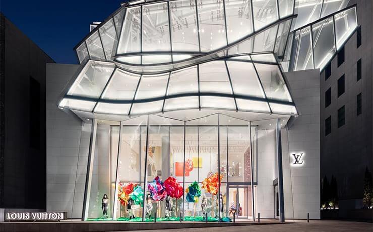 루이 비통 메종 서울 오픈과 2020 크루즈 스핀오프 쇼, 에르메스의 남성 컬렉션 패션쇼, 그리고 롯데백화점 강남점에 상륙한 더콘란샵까지.