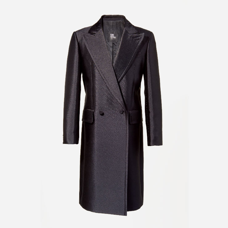 턱시도 코트 2백35만원 김서룡
