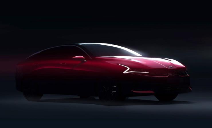 풀체인지 된 3세대 K5에 많은 관심과 호평이 이어지고 있다. 확 바뀐 디자인부터 다양한 편의사양까지 갖춘 이 차, 살까 말까?