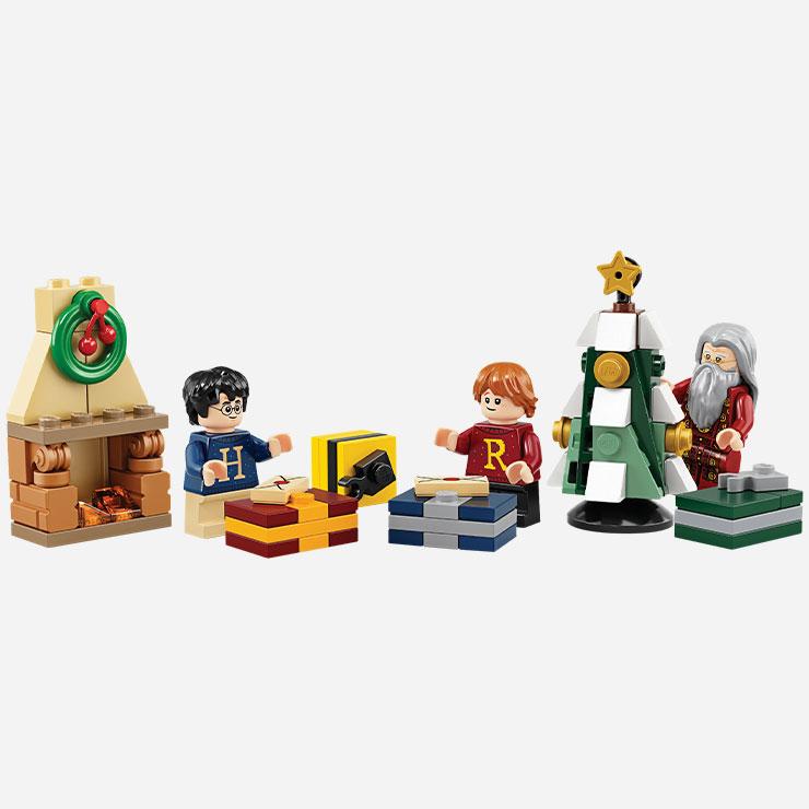 24일간 해리포터와 덤블도어, 호그와트행 급행열차 등 24종류의 레고가 차례로 나오는 해리포터 크리스마스 캘린더 3만4천9백원 레고.