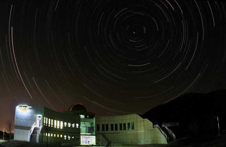 국토정중앙 천문대에서 관측한 북천일주