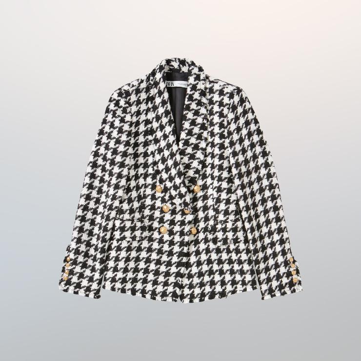 재킷은 14만9천원 Zara.