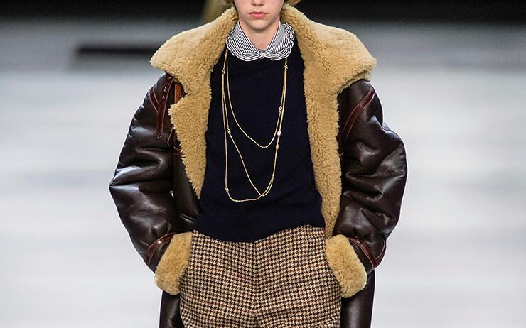 1970년대 스타일을 완성해 주는 클래식한 무통 재킷들.