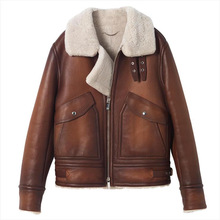 태닝 컬러의 무통 재킷은 가격 미정, Berluti.