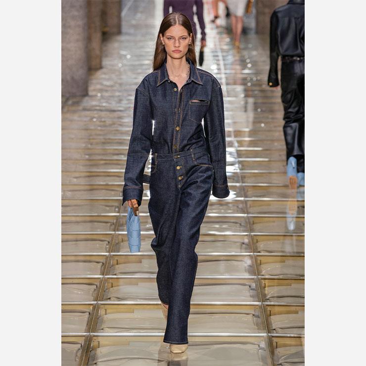 1990년대 스타일을 재해석한 보테가 베네타의 2020 s/s.(Bottega Veneta)